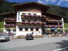 Gasthof Bergland im Sommer