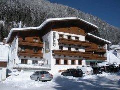 Gasthof Bergland im Winter